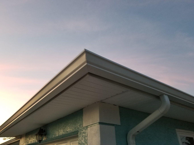 Seamless Gutter Installation Dcs Of South Florida